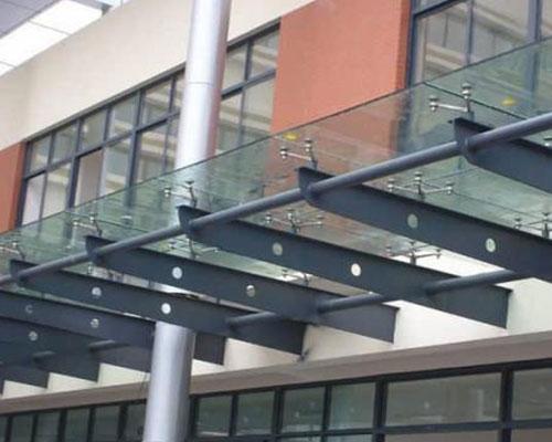 钢结构雨棚工程